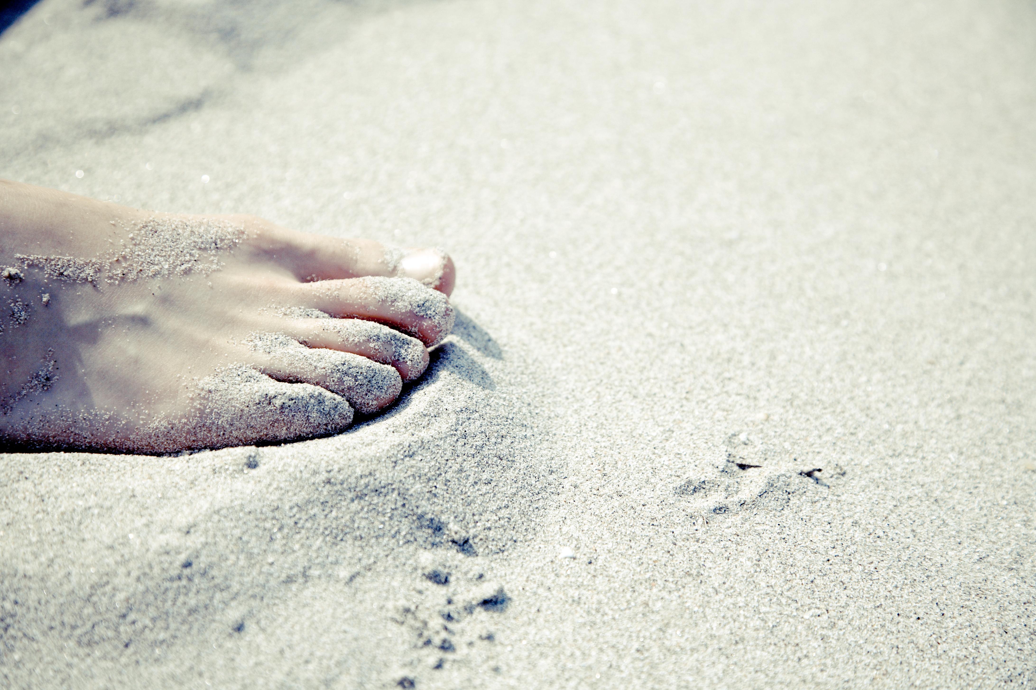 Social Media Cyber Attacks & Summer Holidays